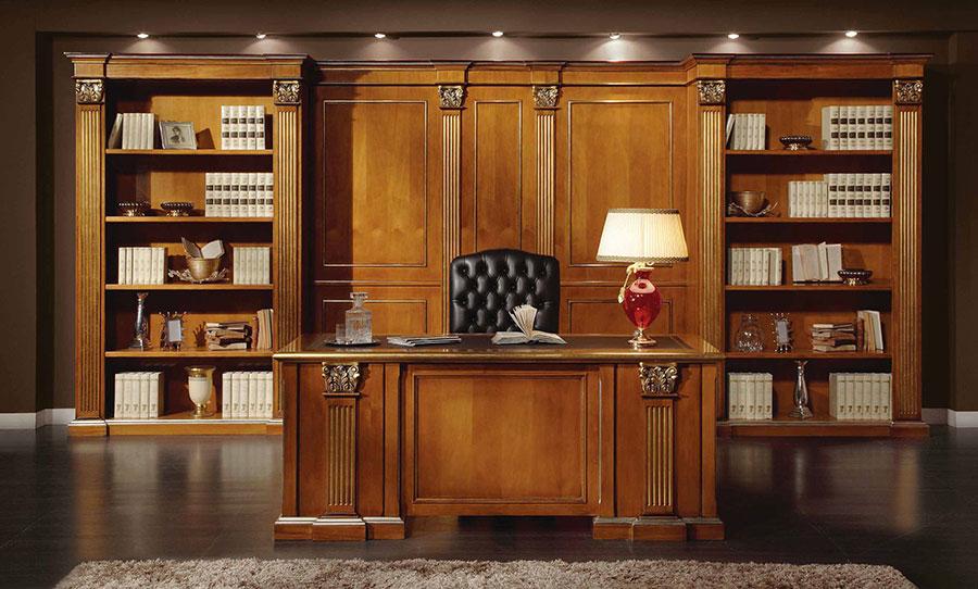 Modello di boiserie in legno classiche n.03