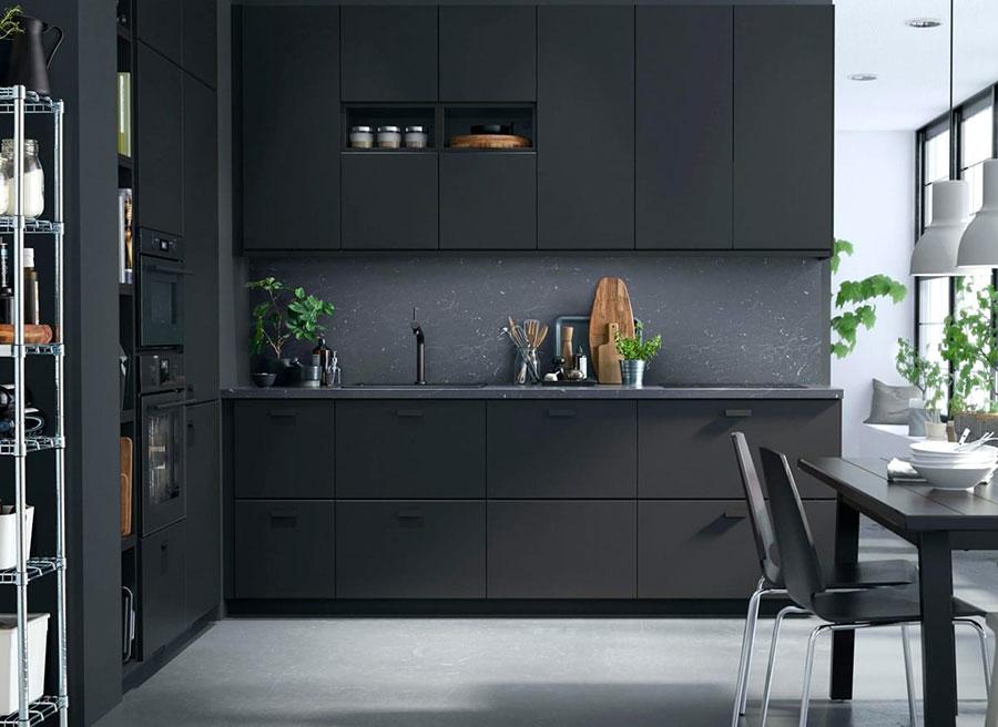 Modello di cucina nera Ikea n.01