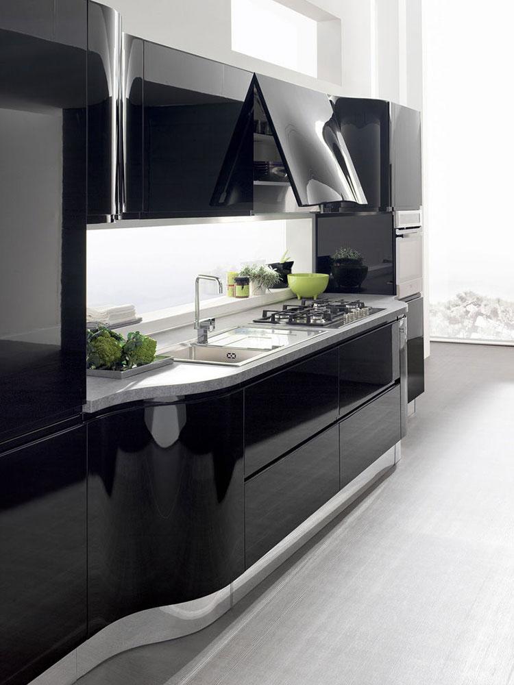 Modello di cucina nera lucida n.03