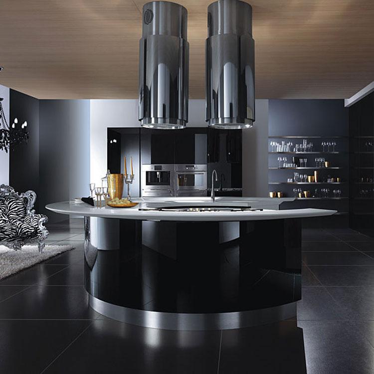 Modello di cucina nera lucida n.04