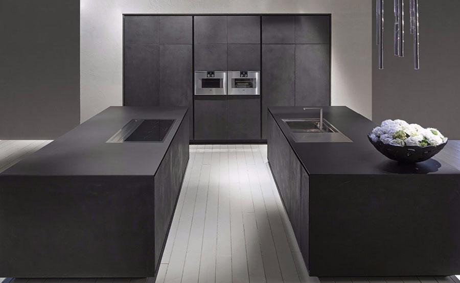 Modello di cucina nera opaca n.02