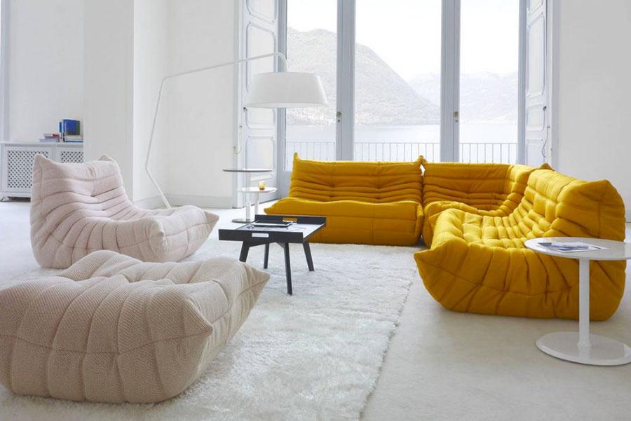 Modello di divano particolare n.30