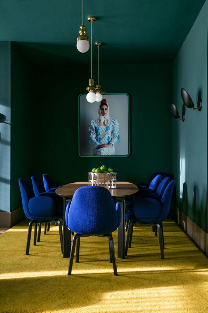 Idee per arredare una sala da pranzo in stile contemporaneo n.20