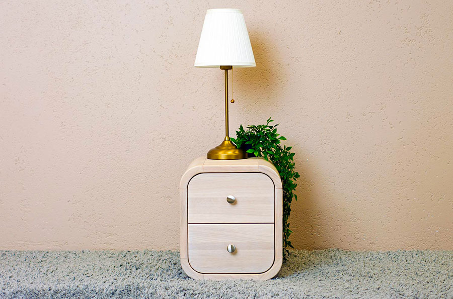 Modello di comodino vintage di Oak Design Studio n.07