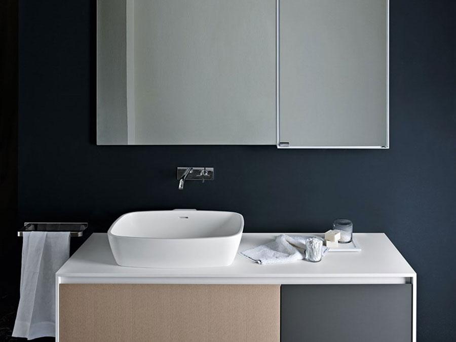 Modello di lavabo da appoggio rettangolare di Agape n.01
