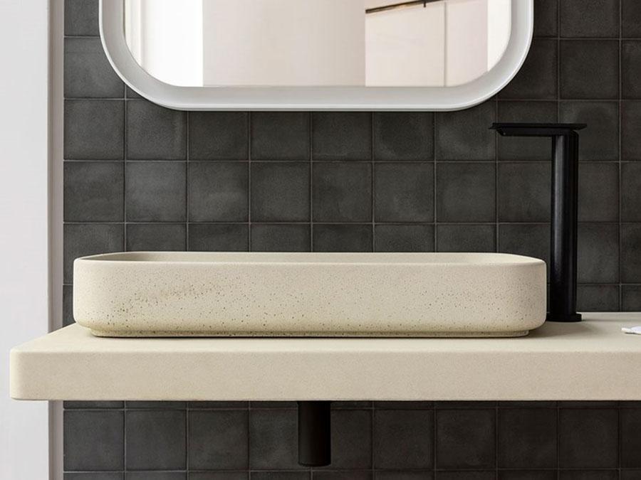 Modello di lavabo da appoggio rettangolare di Agape n.04
