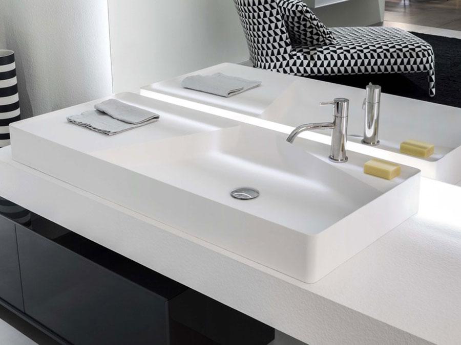 Modello di lavabo da appoggio rettangolare di Antonio Lupi n.05