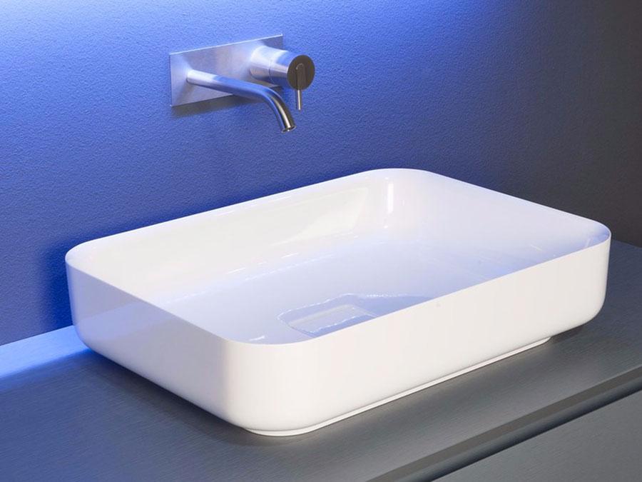 Modello di lavabo da appoggio rettangolare di Antonio Lupi n.06