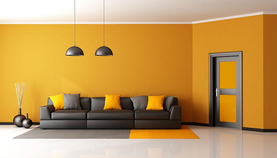 Idee per utilizzare il colore ambra nel soggiorno n.03