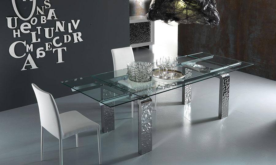 Modello di tavolo in cristallo allungabile n.01