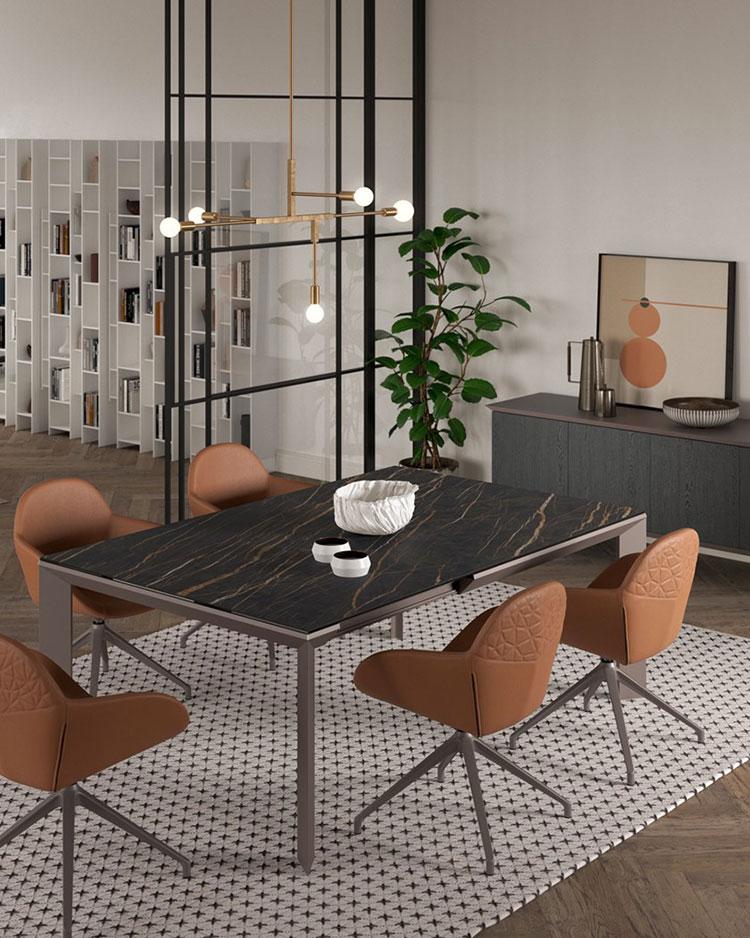 Modello di tavolo in cristallo allungabile n.12