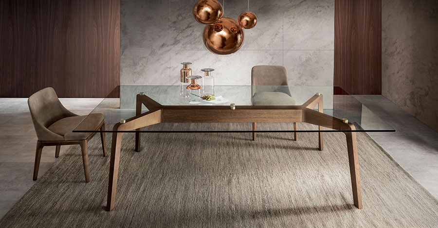Modello di tavolo in cristallo e legno n.01