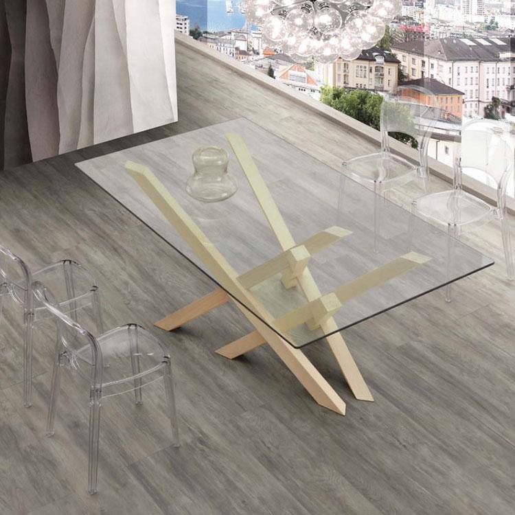 Modello di tavolo in cristallo e legno n.05
