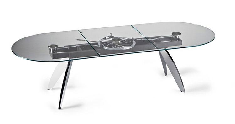 Modello di tavolo in cristallo ovale n.04