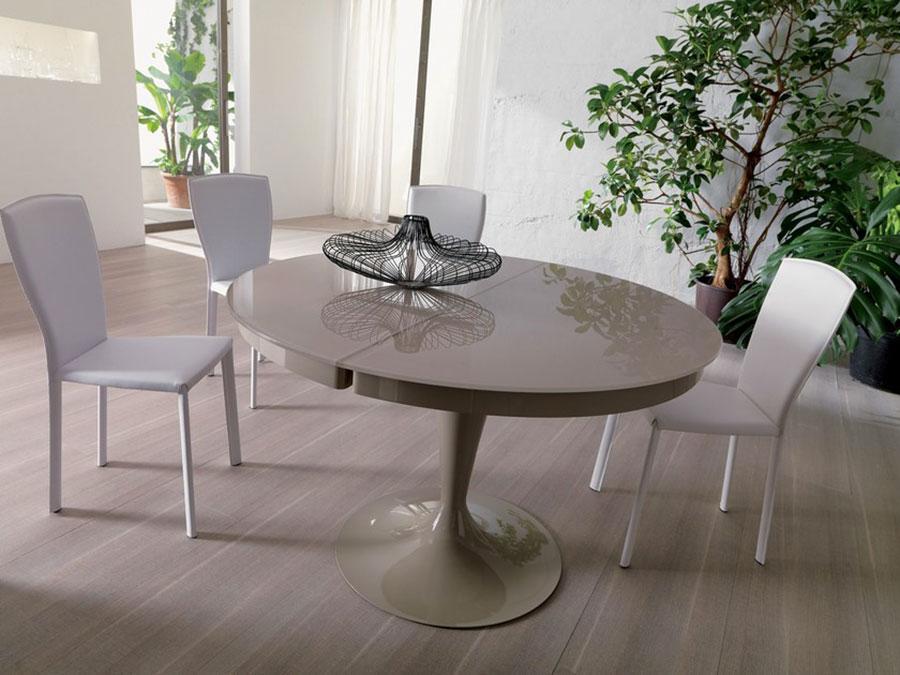 Modello di tavolo in cristallo rotondo n.02