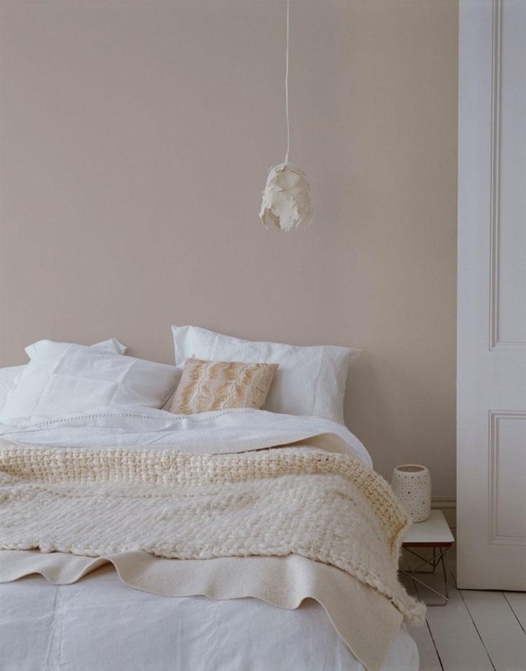 Idee pareti camera da letto colore sabbia n.03