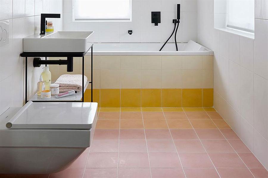 Idee per arredare un bagno di 2 mq n.16