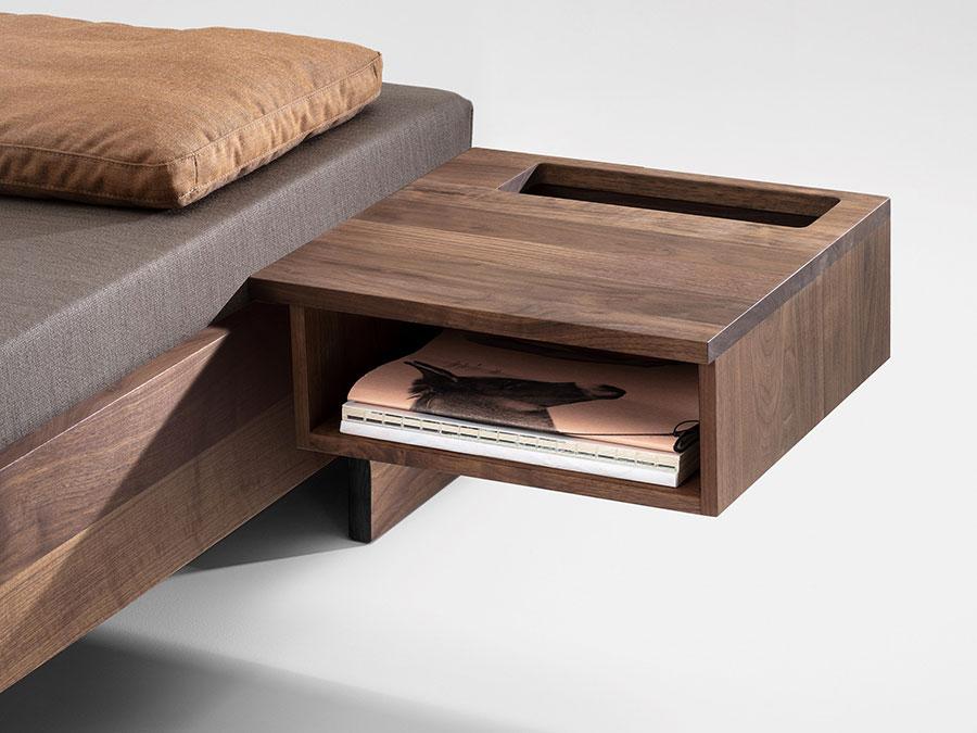Modello di comodino per piccoli spazi n.06