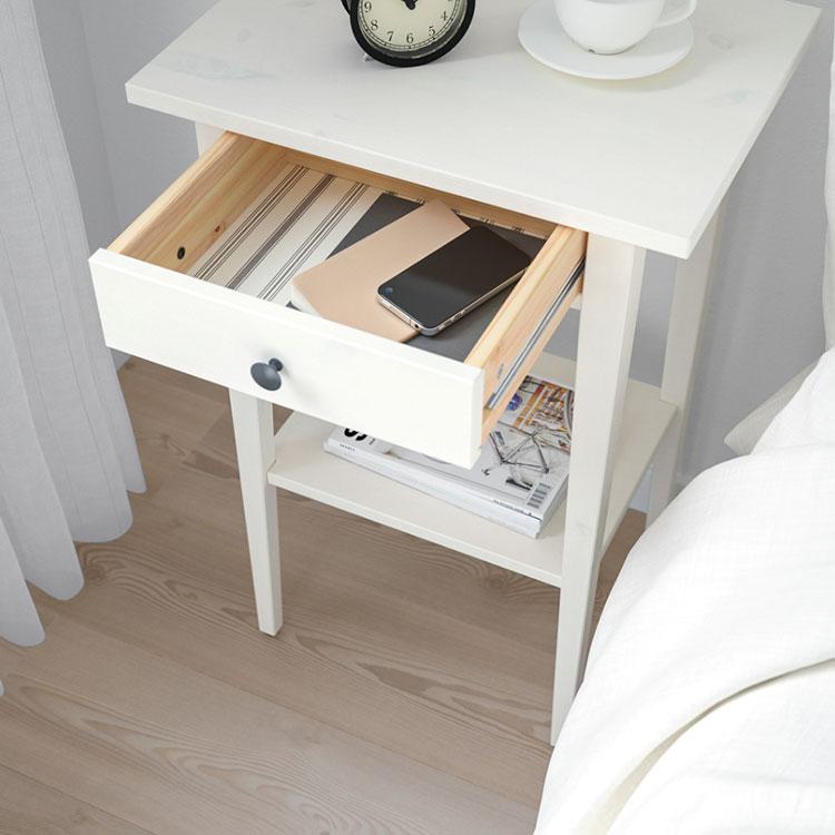 Modello di comodino piccolo Ikea n.03