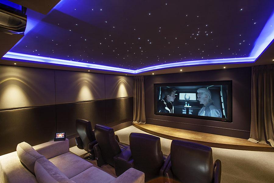 Idee per realizzare una sala cinema in casa n.14