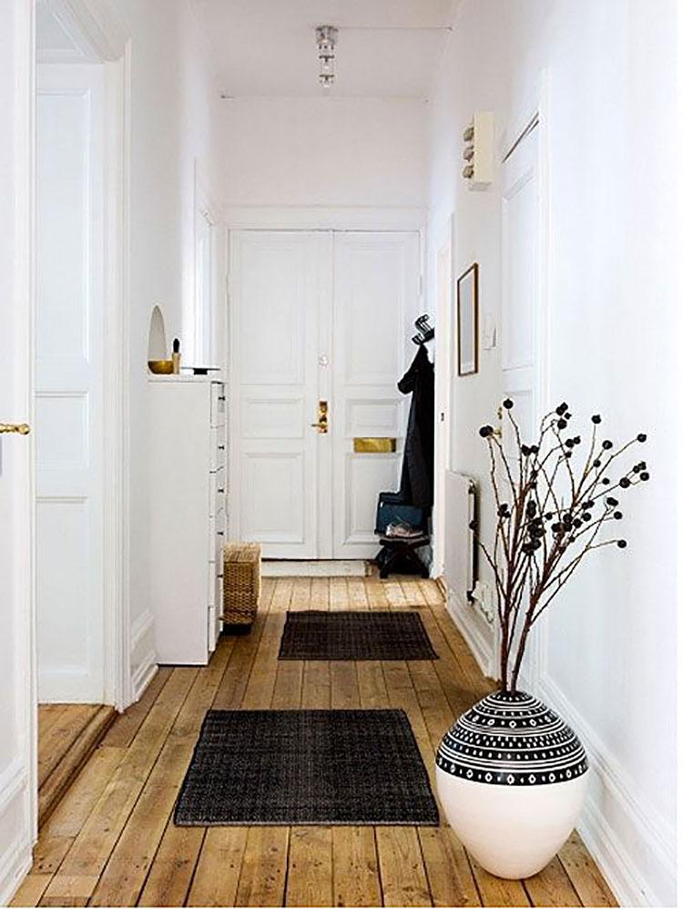 Idee per arredare un corridoio in ingresso n.20