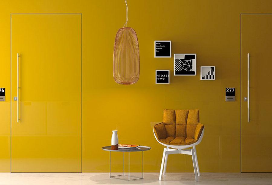 Colore giallo ocra per pareti n.04