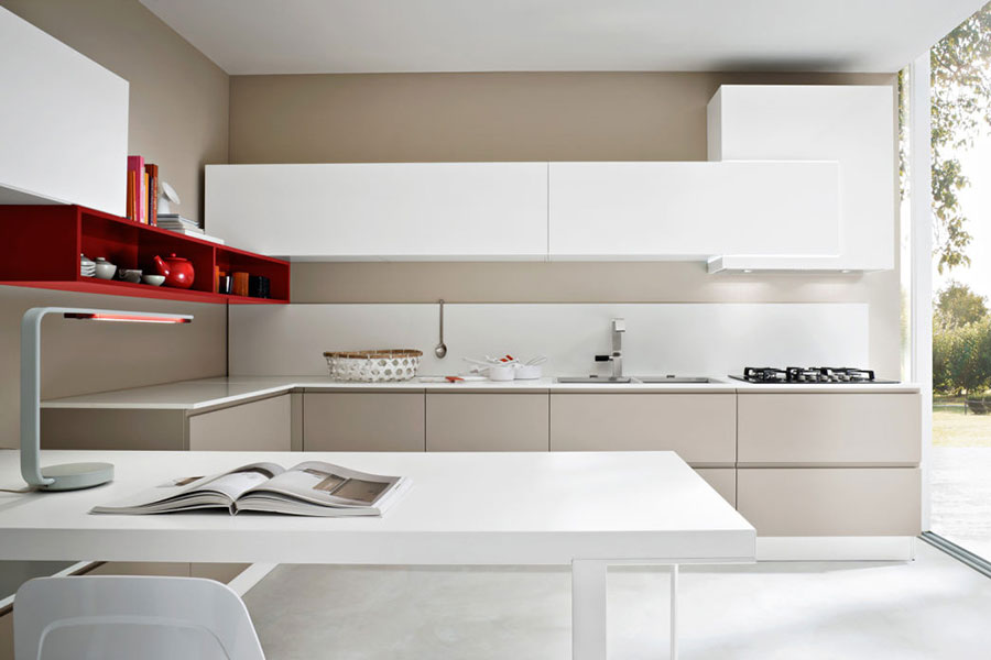 Modello di cucina beige e bianca n.03