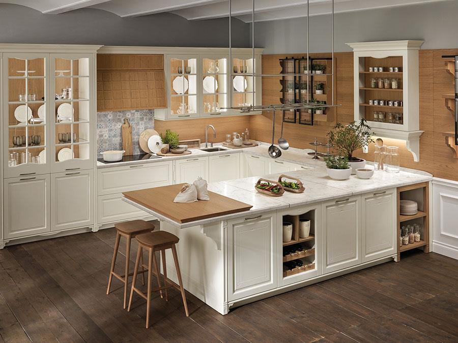Modello di cucina beige e legno n.02