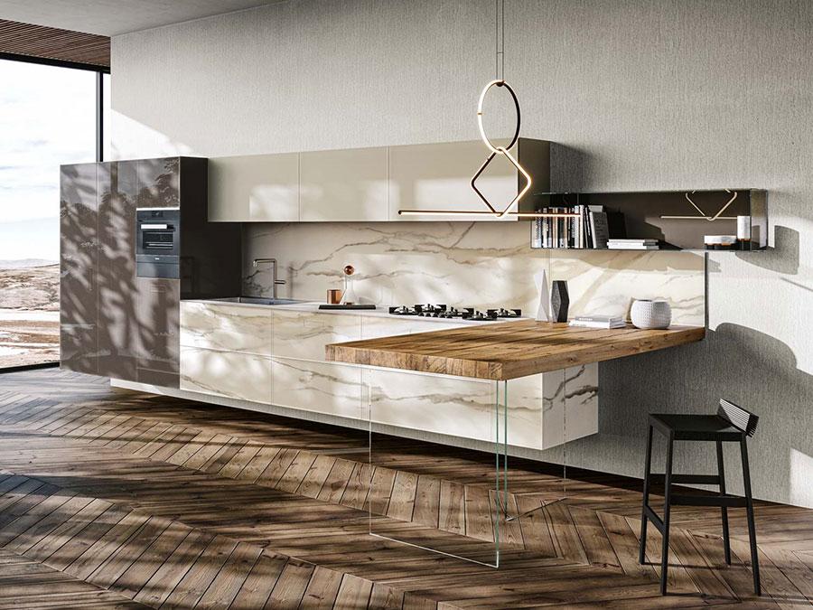 Modello di cucina beige e marrone n.02