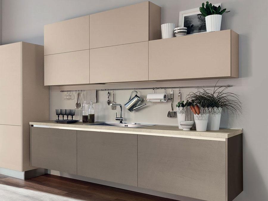 Modello di cucina beige e tortora n.02