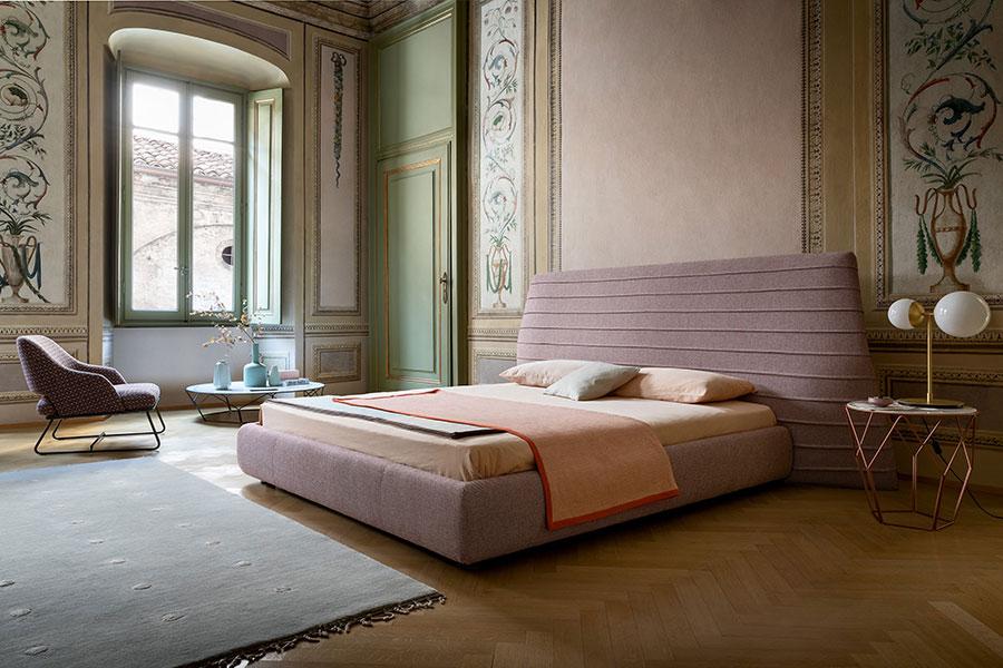 Modello di letto imbottito di Bonaldo n.06