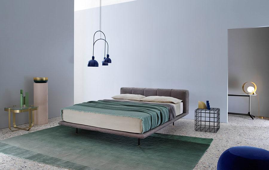 Modello di letto imbottito di Saba Italia n.03