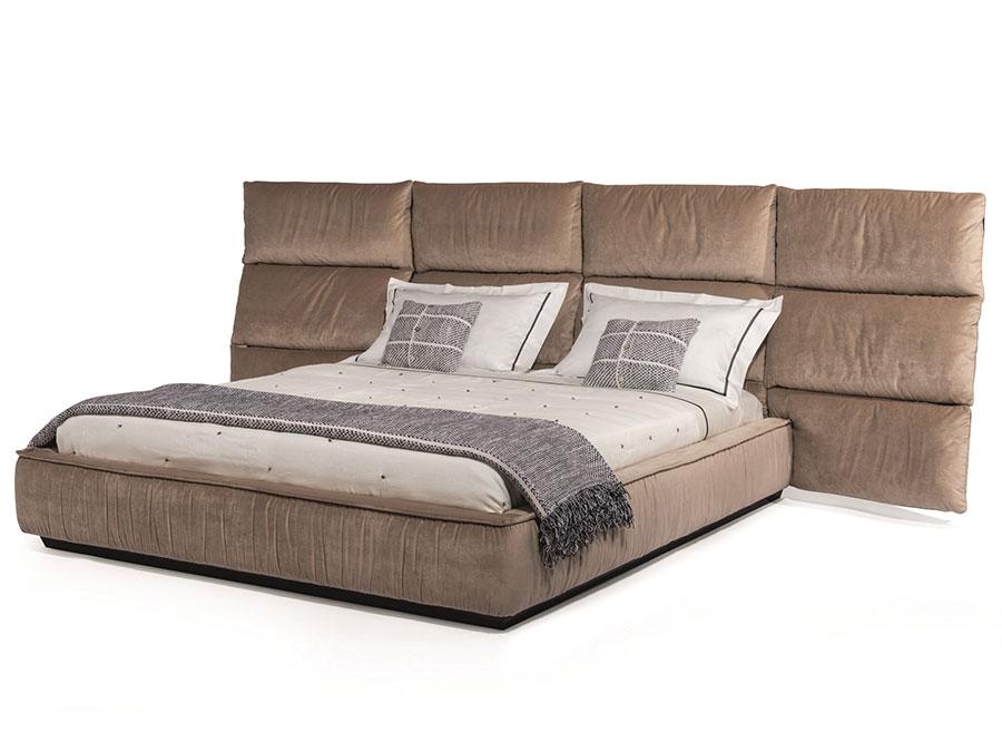 Modello di letto imbottito di Visionnaire n.04