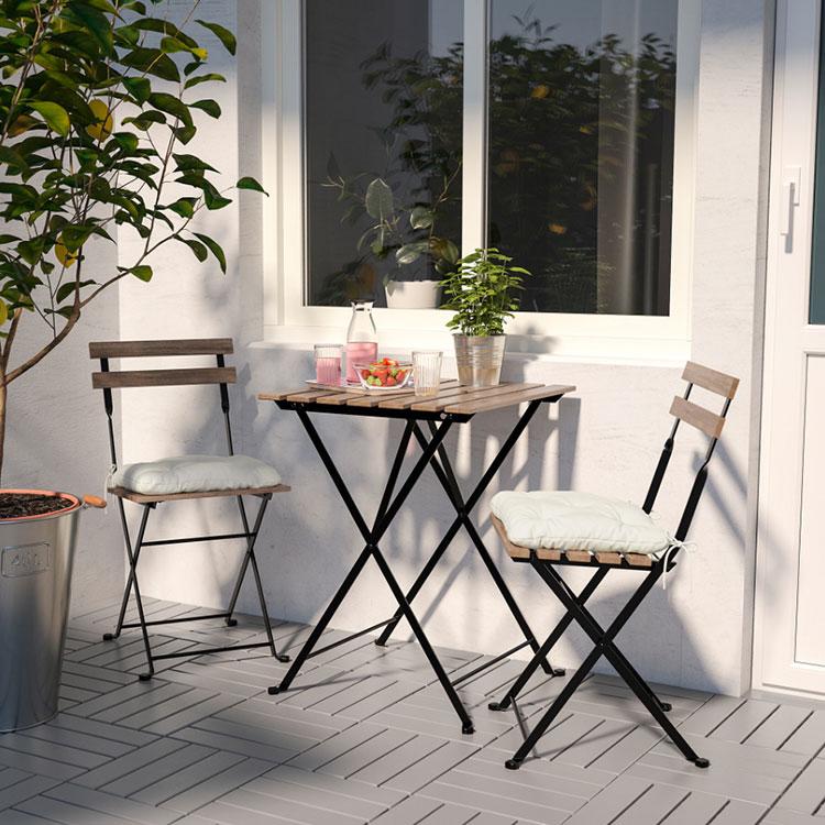 Come arredare un terrazzo low cost con tavoli e sedie economici n.01