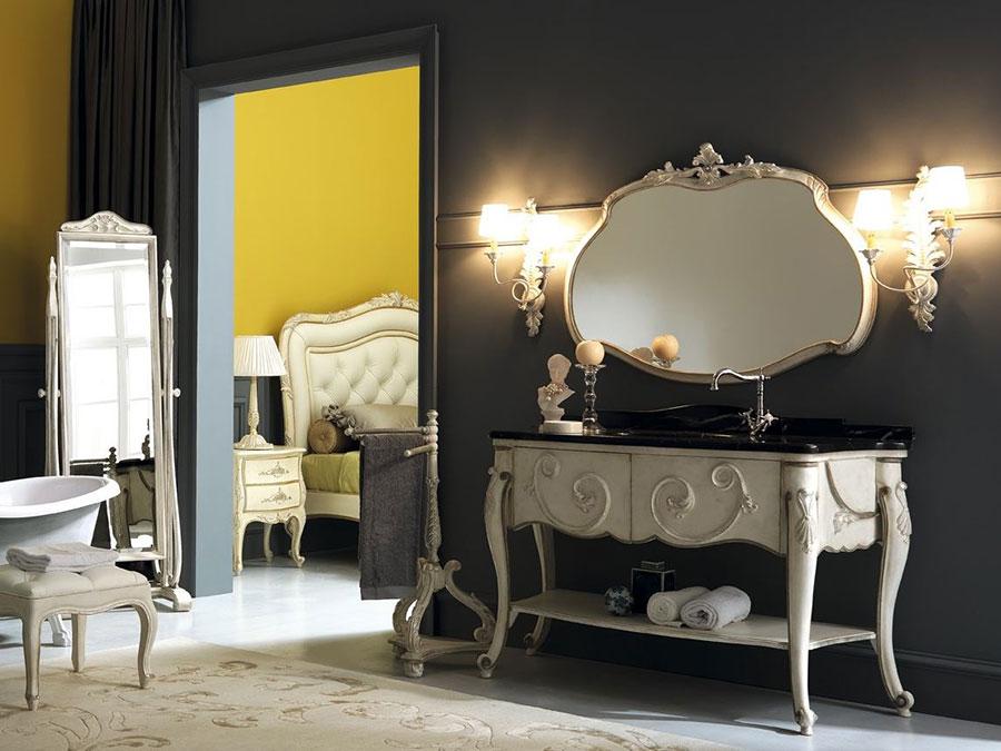 Idee di arredamento per bagno classico elegante n.04