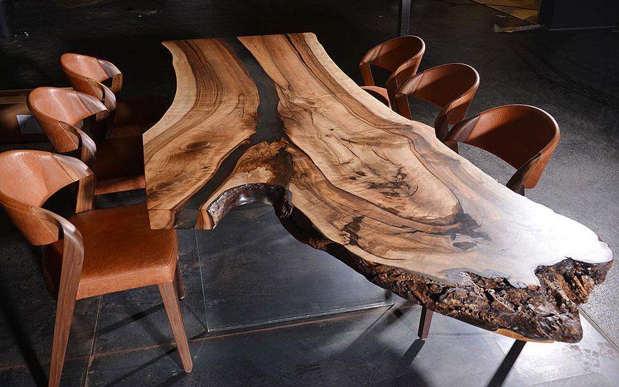 Modello di tavolo in legno grezzo n.12