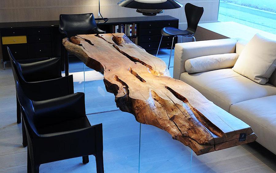 Modello di tavolo in legno grezzo n.17