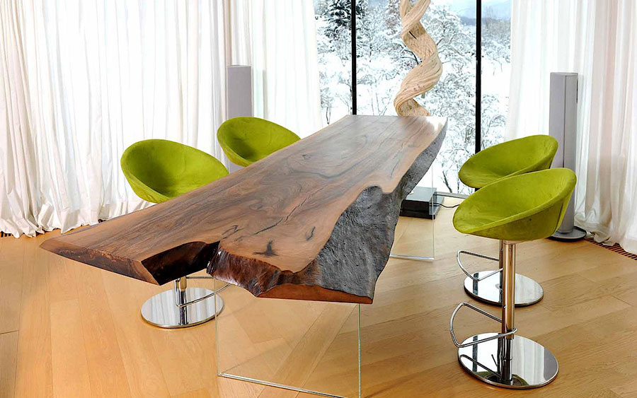 Modello di tavolo in legno grezzo n.18