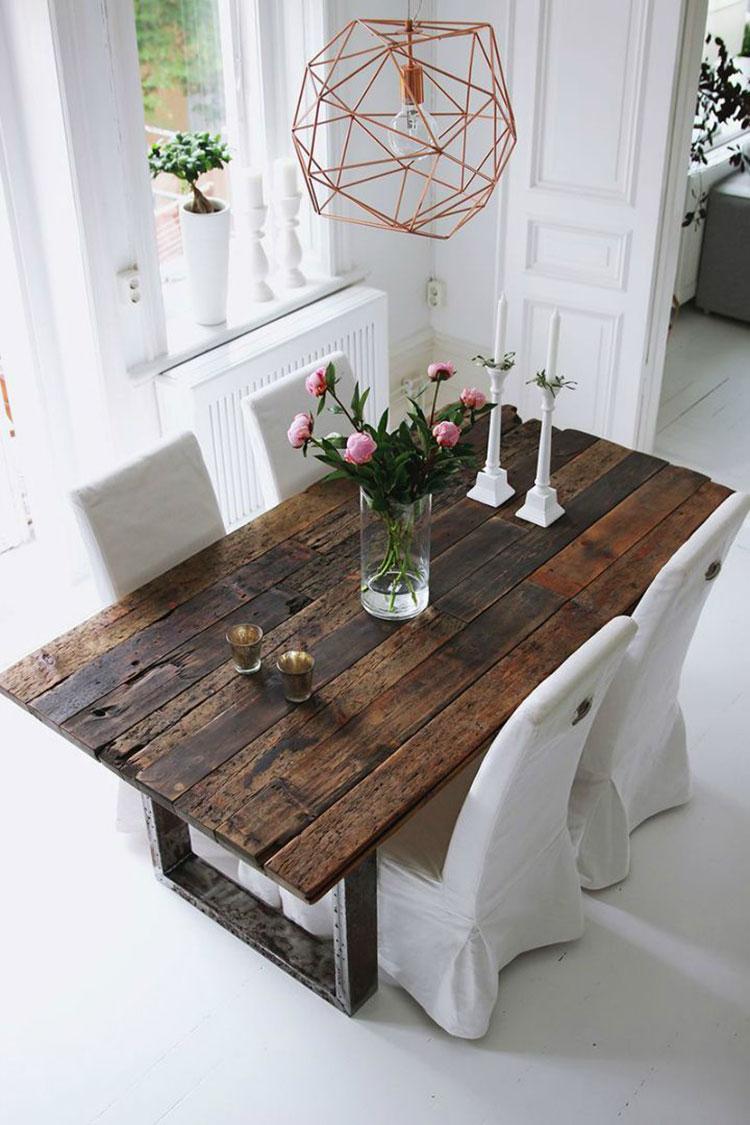 Modello di tavolo in legno grezzo vintage n.02