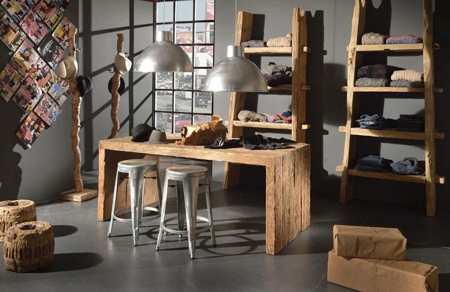 Modello di tavolo in legno grezzo vintage n.04