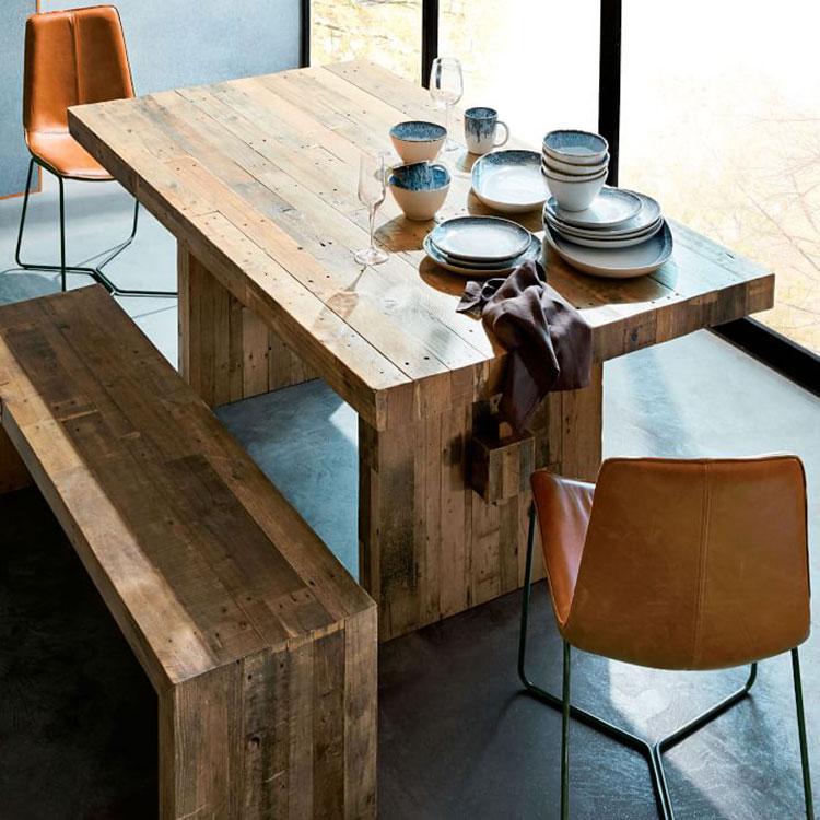 Modello di tavolo in legno grezzo vintage n.06