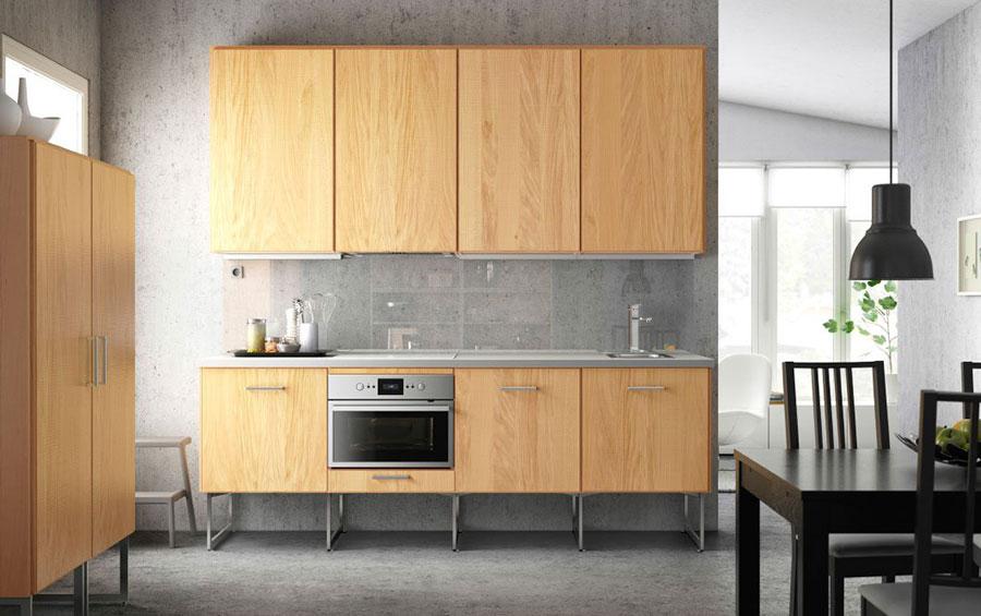 Modello di cucina sospesa Ikea