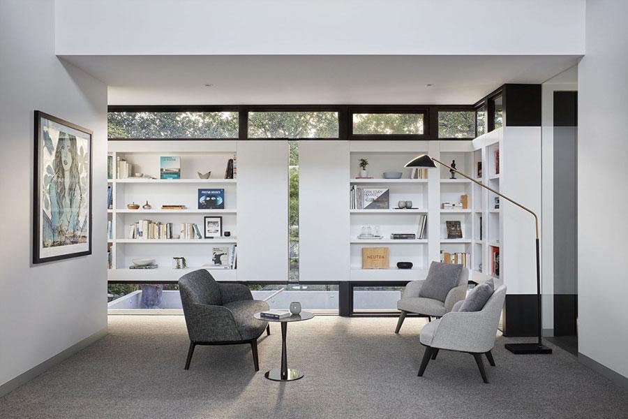 Idee per libreria moderna con finestra n.05