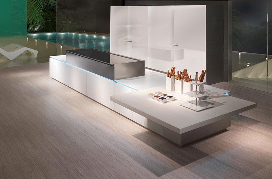 Modello di cucina con isola e tavolo accostato n.30
