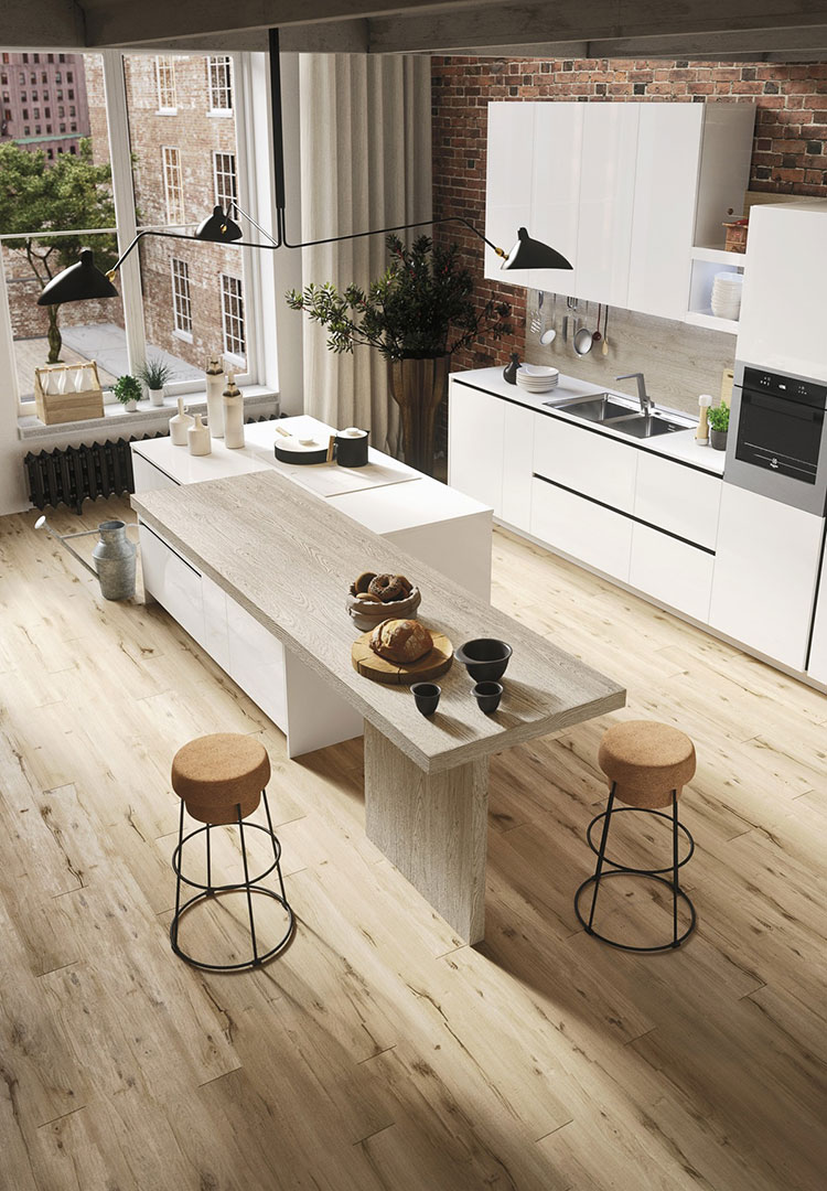 Modello di cucina con isola e tavolo accostato n.31