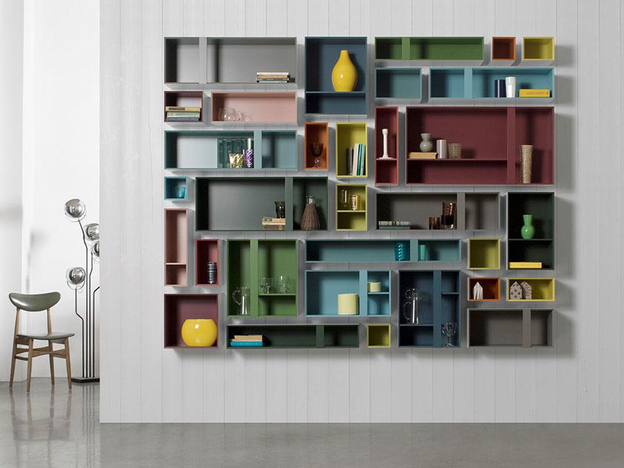 Modello di libreria a parete sospesa n.01