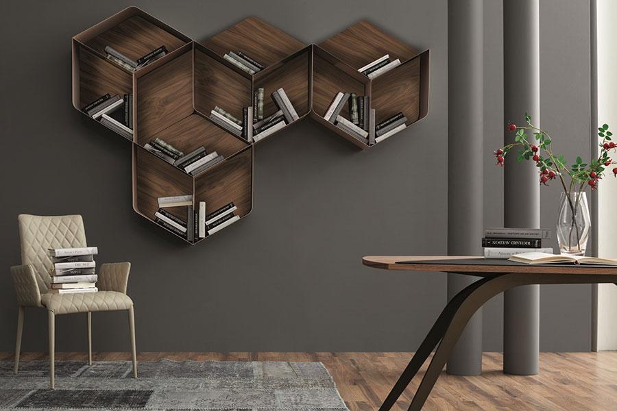 Modello di libreria a parete sospesa n.04