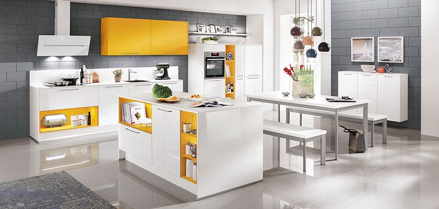Progetto per cucina con isola e tavolo separato n.13