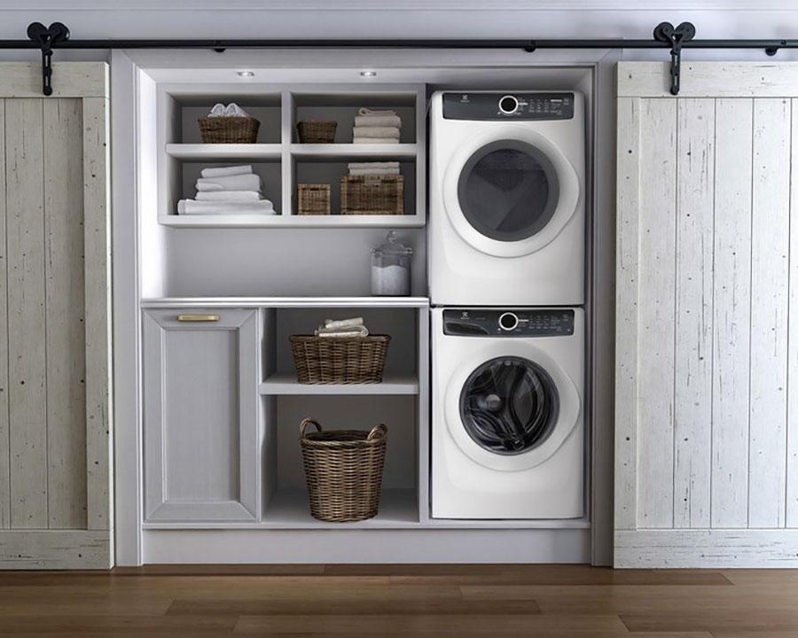 Idee per arredare la lavanderia in corridoio n.02