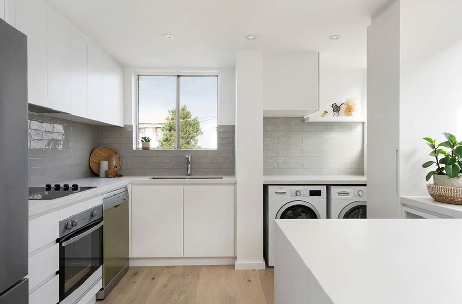Idee per arredare la lavanderia in cucina n.04
